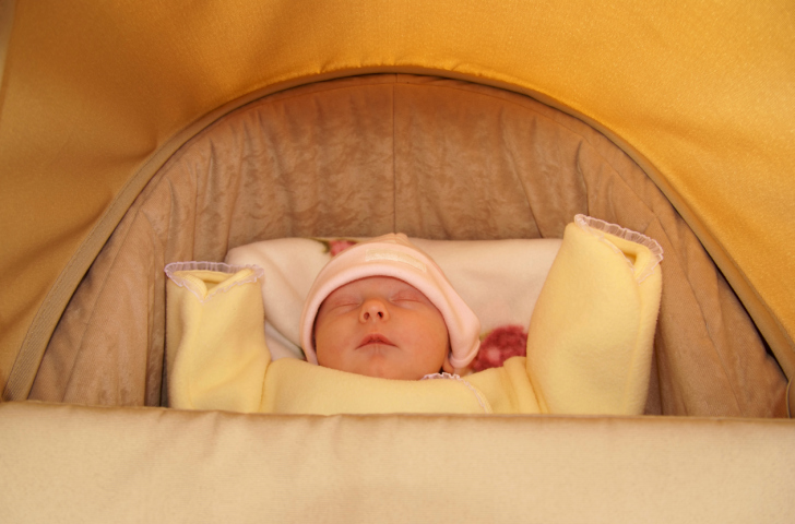Newborn in the house: care for the baby in the first week - image №5
