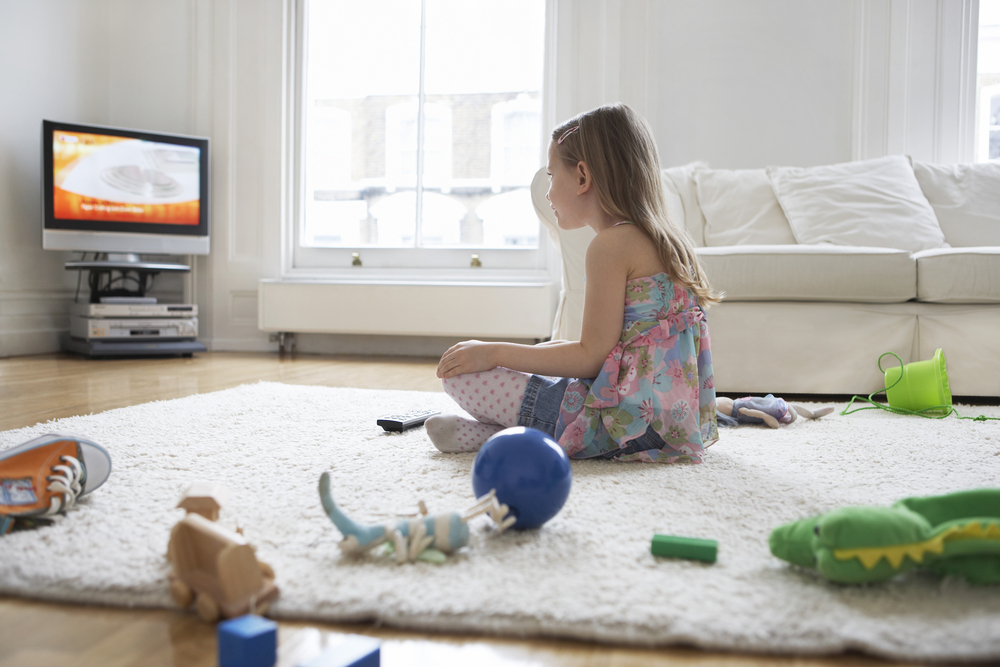 children and television watching Baby care: television advice from dr carol cooper on what a child should be watching on tv and for how long streaming well is a healthcare focused, award-winning video production company which.