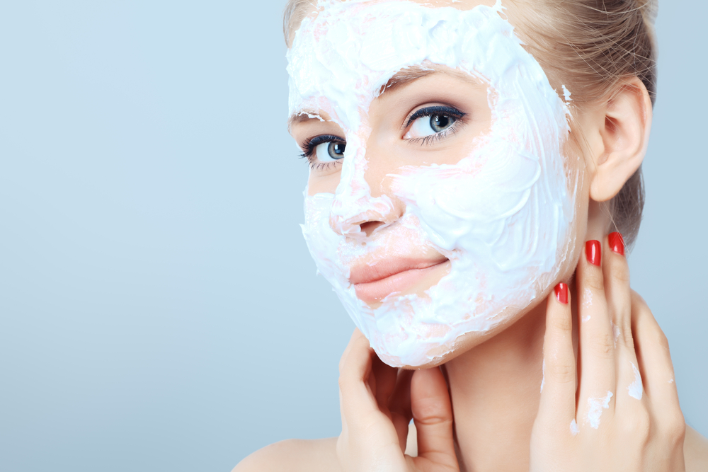 Mama beauty: how to deal with peeling skin in the fall - image №3