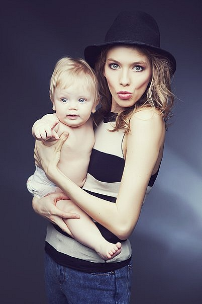 Model Elena Perminova told how she got in shape after giving birth - image number 5