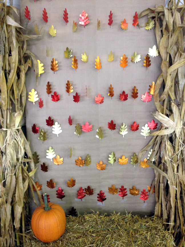 Autumn design of the kindergarten: festive garlands on the theme - Autumn - with their own hands
